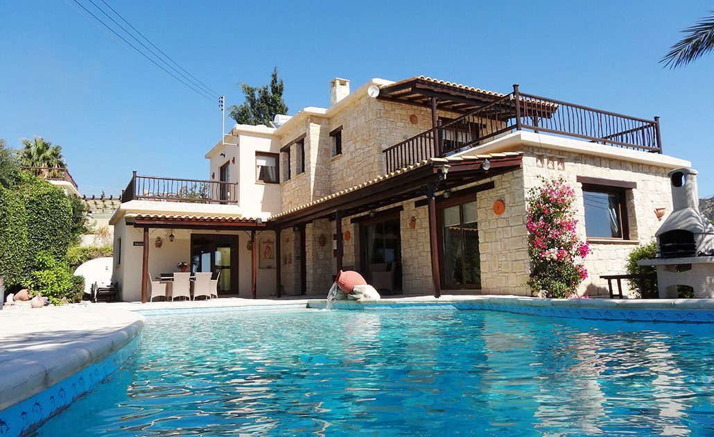 Luxury Villa for Hire in Paphos, Cyprus